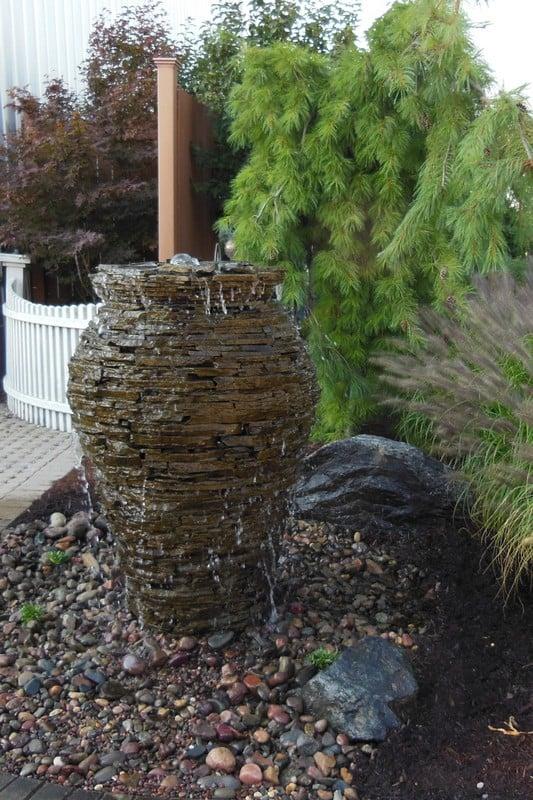 water-fountainscape-premiere-aquascapes-sm